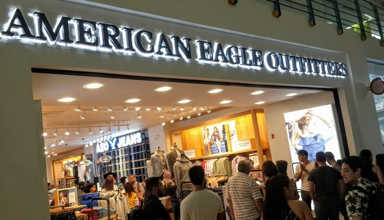 American Eagle abre en Albrook Mall